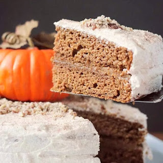 Chai-Spiced Vegan Pumpkin Cake with Cinnamon Buttercream