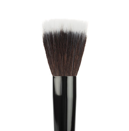 13 Face Brush