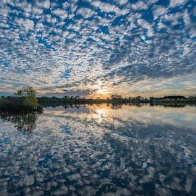 Perfect ending by Matt Hollamon - Landscapes Sunsets & Sunrises ( reflection, sunset, nebraska, clouds, lake )