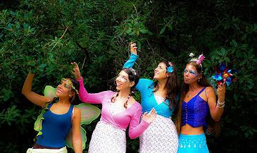 Photo: Este espetáculo recria o ambiente de festa que se vive na natureza