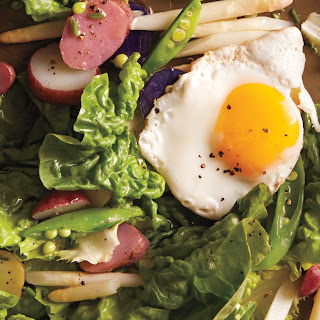 Butter-Lettuce Salad with Egg and Potatoes.