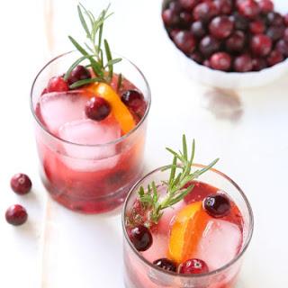 Cranberry Gin Fizz Cocktail.