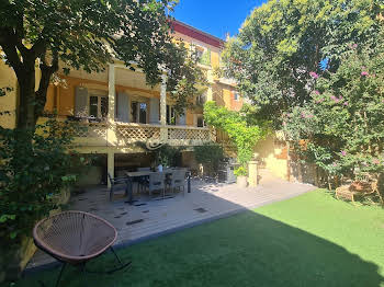 Villa 10 pièces 221 m2