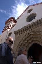 Photo: Nuestra Guia Mati explica San Román y JR se asoma al objetivo.