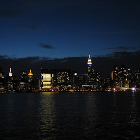 New York City by Shanna Twomey - City,  Street & Park  Skylines ( new york city )
