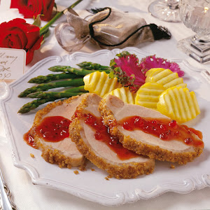 Coriander Pork Loin with Currant Sauce