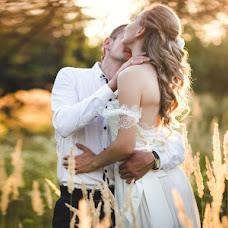 Wedding photographer Tatyana Kovaleva (TatyanaK). Photo of 08.08.2015