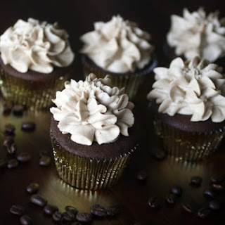 CHOCOLATE-COFFEE CUPCAKES WITH MOCHA BUTTERCREAM