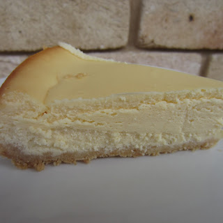Donna Hay baked cheesecake.