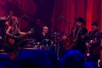 "Photo: AUSTIN, TX - APRIL 20:  (L - R) Don Was, Sheryl Crow, Kenny Aronoff, Willie Nelson, and Buddy Miller perform during ""We Walk The Line: A Celebration Of The Music Of Johnny Cash"" at ACL Live on April 20, 2012 in Austin, Texas.  (Photo by Rick Kern/WireImage)"