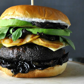Portobello Burger With Caramelized Onions and Pear [Vegan]