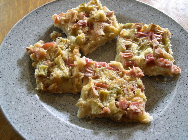 Ruubarb Squares With A Cookie Base Recipe