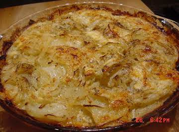BONNIE'S POTATO AND ONION PIE