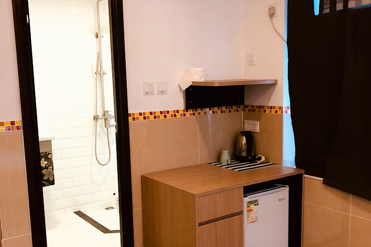 Fully equipped kitchen at Paterson Street II