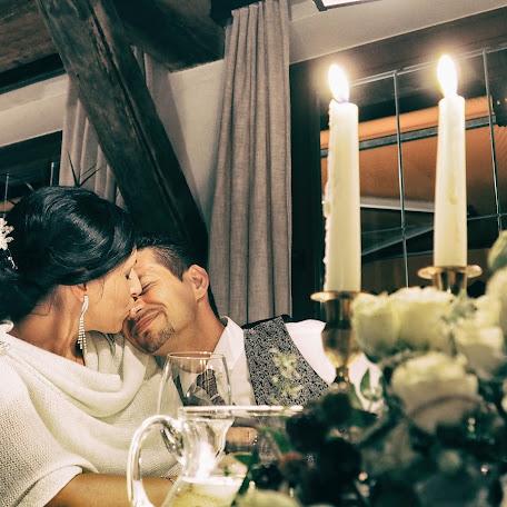 Fotografo di matrimoni Andrea Mora (veronawedding). Foto del 02.12.2017