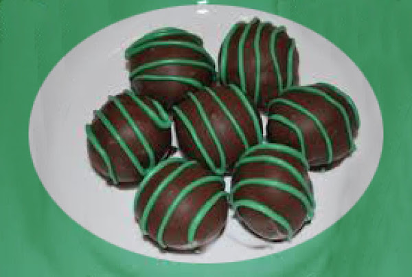 No Bake Chocolate Mint Balls Recipe