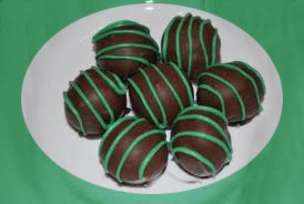 No Bake Chocolate Mint Balls