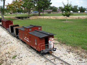 Photo: C&O Caboose with Peter and Susan Bryan looking back.    SWLS at HALS 2009-1107