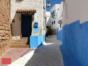 Photo: settlements and narrow alley inside the Kasbah