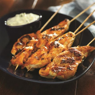 Buffalo Chicken Skewers with Blue Cheese Dipping Sauce Recipe