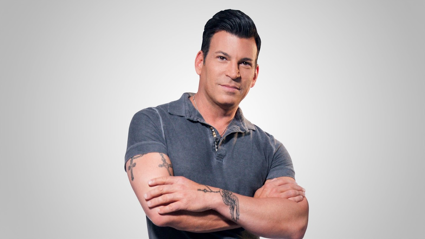 Watch David Tutera: Unveiled live