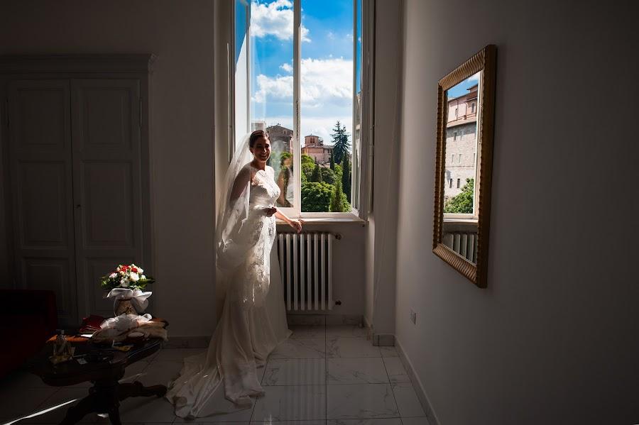 Fotografo di matrimoni Tiziana Nanni (tizianananni). Foto del 05.06.2019