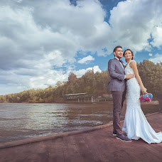Wedding photographer Evgeniy Plishkin (Jeka). Photo of 18.10.2014