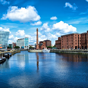 Albert Dock by Alva Priyadipoera - City,  Street & Park  Vistas
