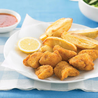 Chicken Nuggets with Potato Wedges.