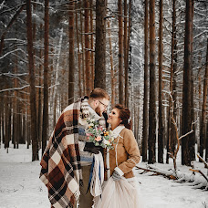 Wedding photographer Aleksandr Salmin (san4es2010). Photo of 29.12.2017