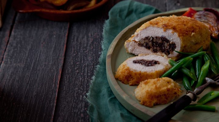Crispy Chicken Fillets Stuffed with Black Pudding Recipe