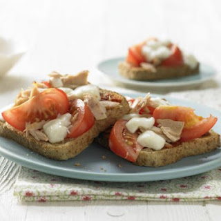 Pizza Toasts with Tuna Recipe