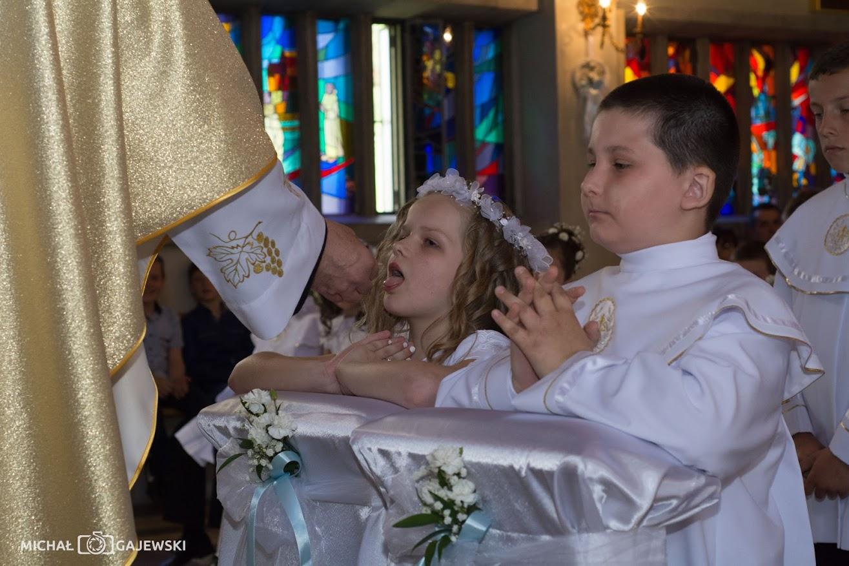 Chrystus szczególną miłością darzył dzieci: pierwsza komunia święta w naszej parafii