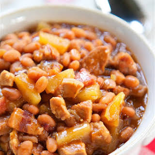 Slow Cooker Baked Beans.