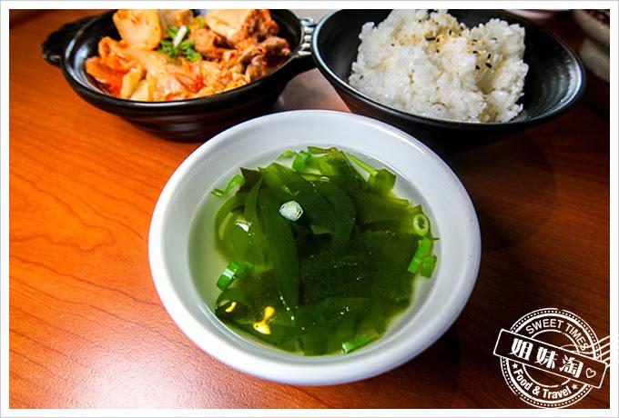 拉麵酷樂部韓式泡菜燉梅花豬肉飯