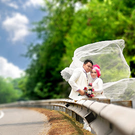 Prewedding on The Road  by Rahayu Fipro - Wedding Bride & Groom