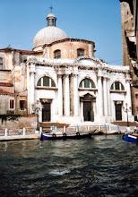 Photo: 90年9月 大運河からCanal Venezia に入った左手、 Chiesa di San Geremia  『旅情』 http://inagara.octsky.net/ryojou