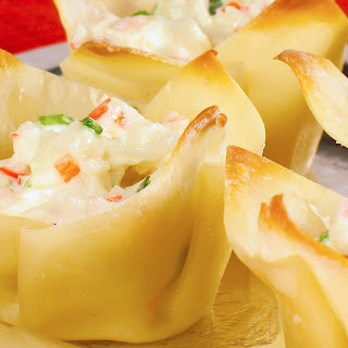 Baked Crab Rangoon Cups