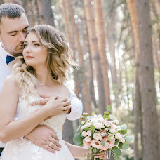 Wedding photographer Anna Ignatenko (KonstantinFilm). Photo of 12.10.2017