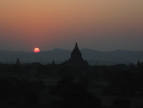 Photo: Sunset view from Shwe San Daw temple