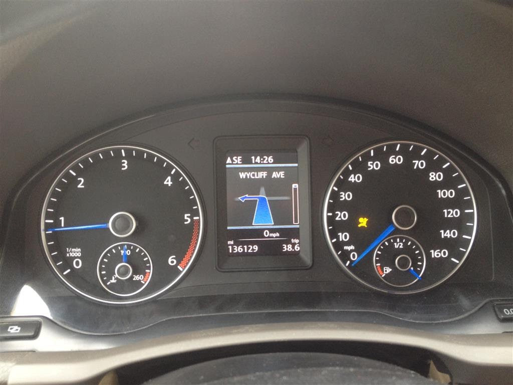 2006 Jetta TDI with MK6 Color premium cluster with MK6 MFSW and RNS
