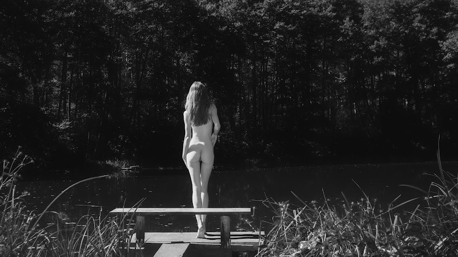 Yes or No by Carl0s Dennis - Nudes & Boudoir Artistic Nude ( b/w, nude, outdoor,  )