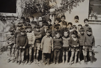 Photo: Escolares con Don Ángel. Proveedor: Virginia Ventureira. Año: 1967.