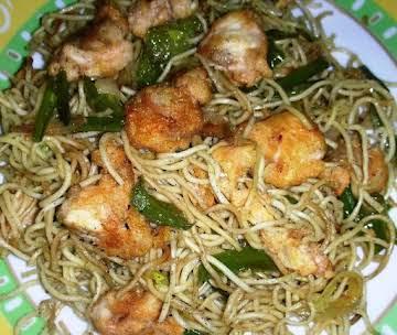 stir fried chicken chow mein