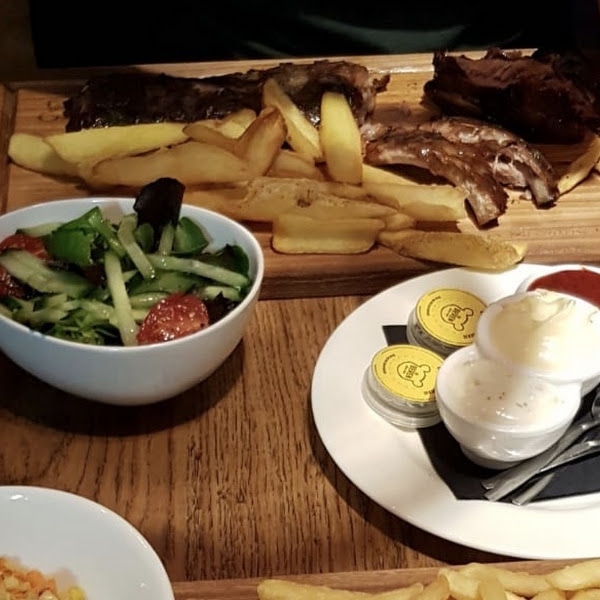 Spareribs with Fries 👌🏼