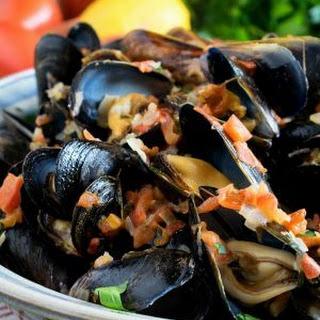 Portuguese-Style Mussels in Garlic Cream Sauce.