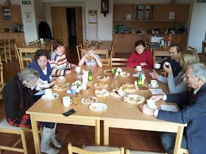 Photo: 22.11.2014 Krátce po ranní mši sv. před příchodem rodin s dětmi, komorní a přátelská atmosféra s dobrotami od Kosů a Havlátů