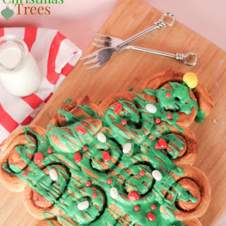 Cinnamon Roll Christmas Trees