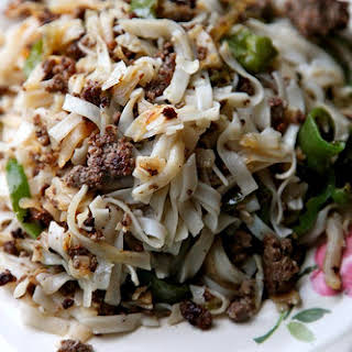Ground Beef With Rice Noodles Recipes.