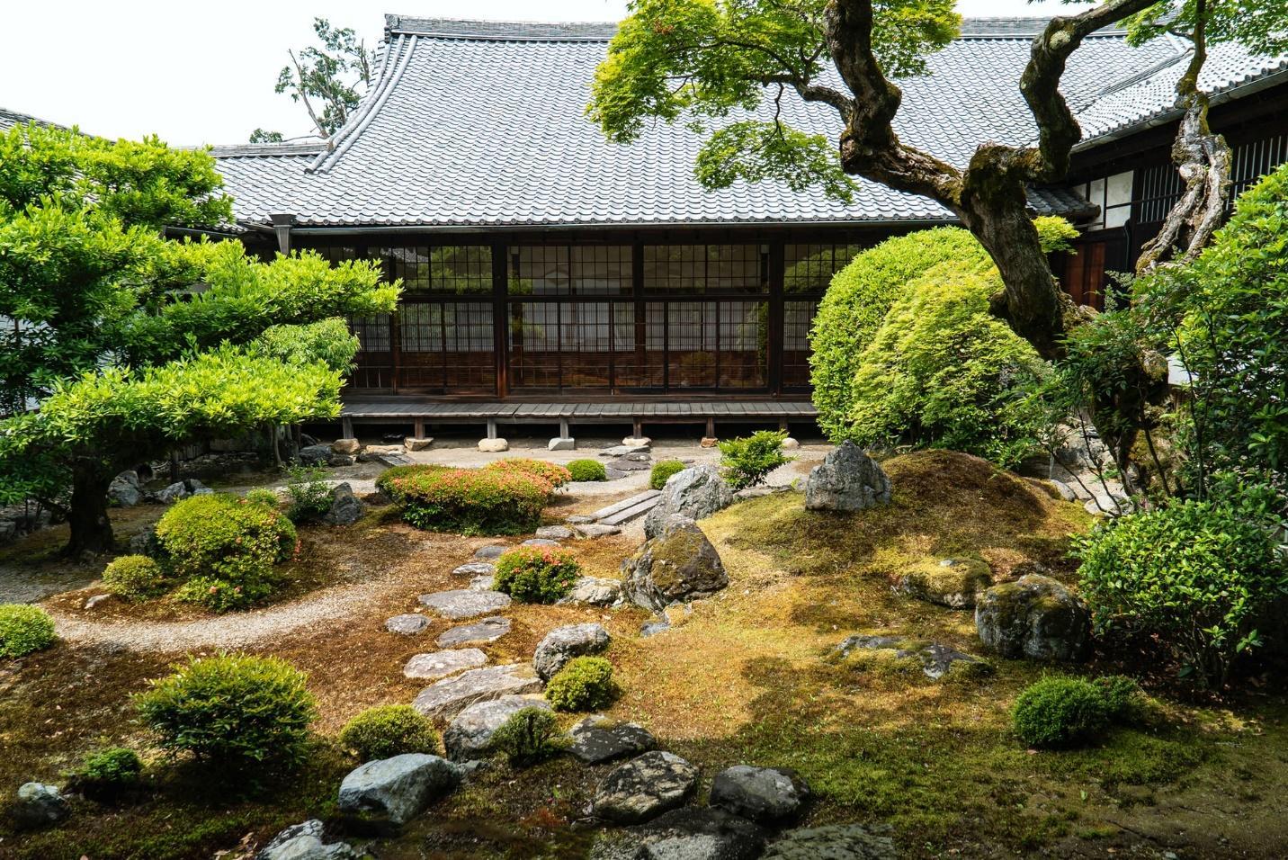 Inspirasi Taman Jepang Bagi Penyuka Desain Minimalis